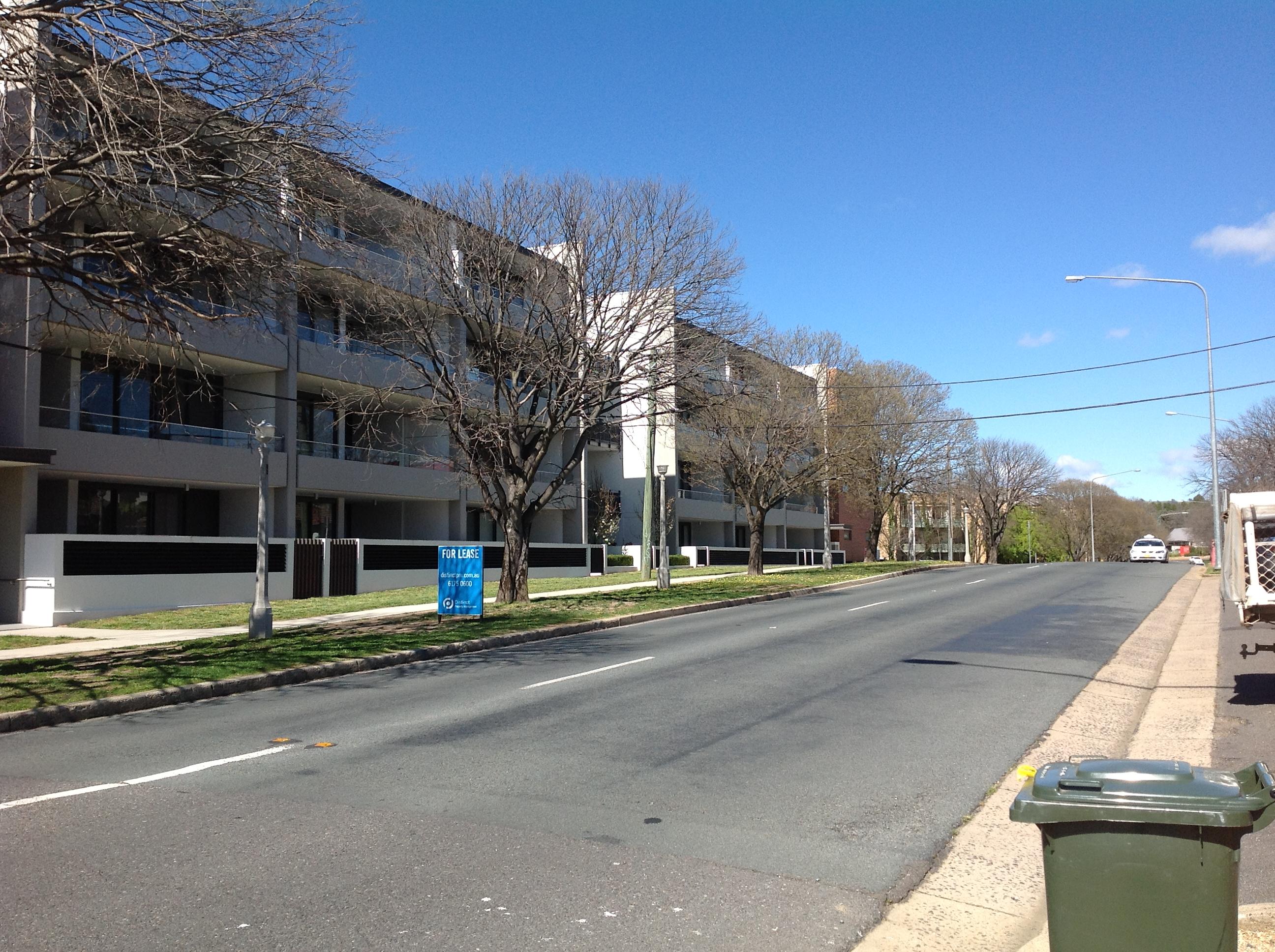 Picture of bland medium density development and street